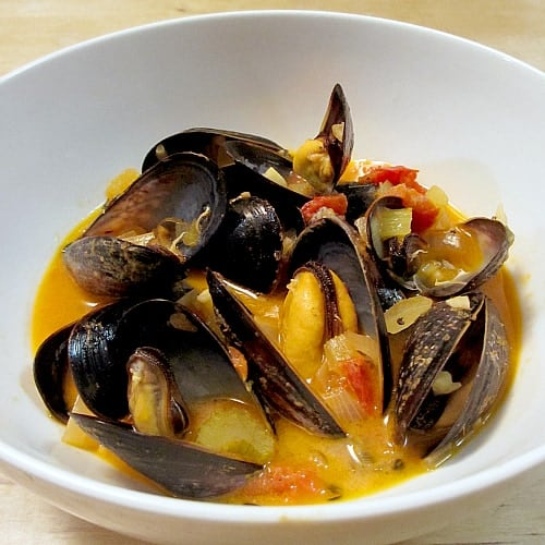beer steamed mussels steamy kitchen recipes mussels steamed in beer ...