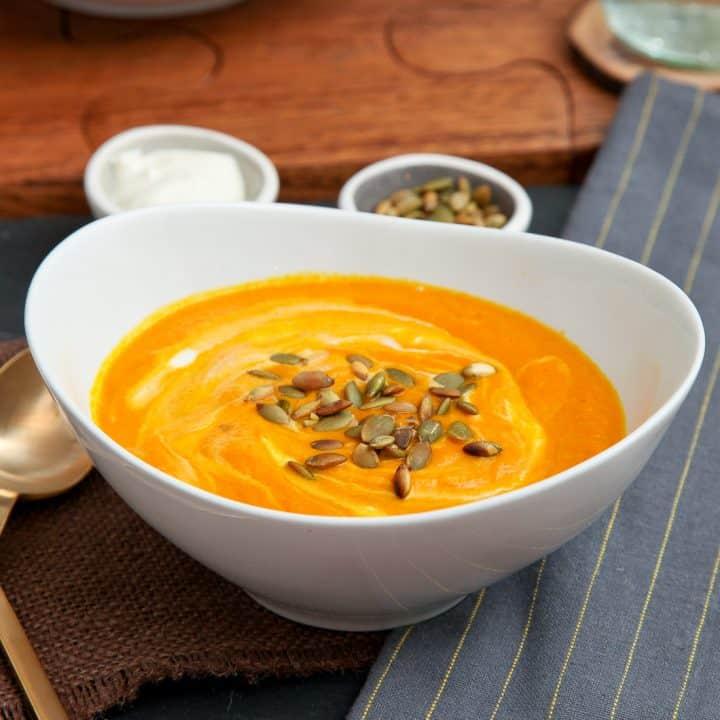 Creamy turmeric carrot soup