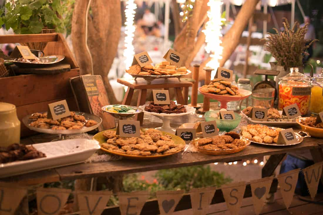 Diy backyard bbq wedding reception snixy kitchen backyard bbq wedding cookie table solutioingenieria Image collections