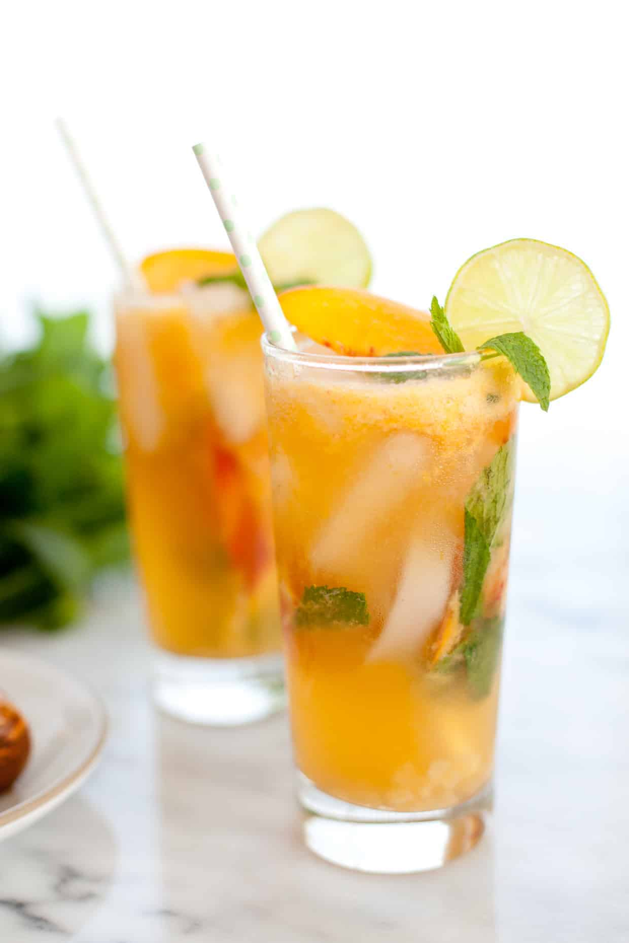 Ginger peach mojito mocktail snixy kitchen snixy kitchen for Fun dip mixed drink