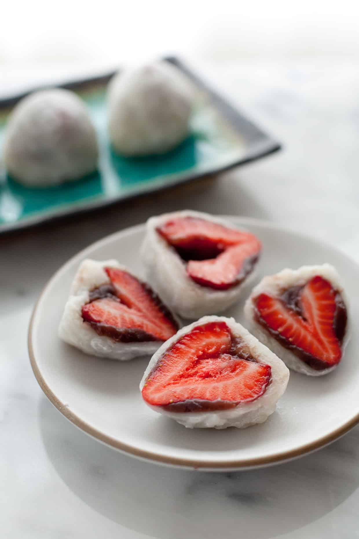 Strawberry Mochi Amp A Trip To Strawberry Land Snixy