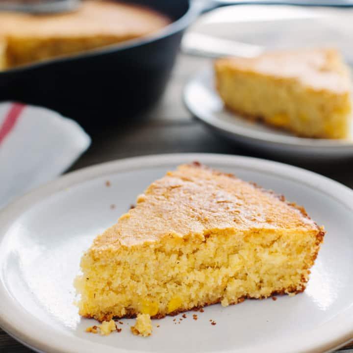 Buttermilk Skillet Cornbread