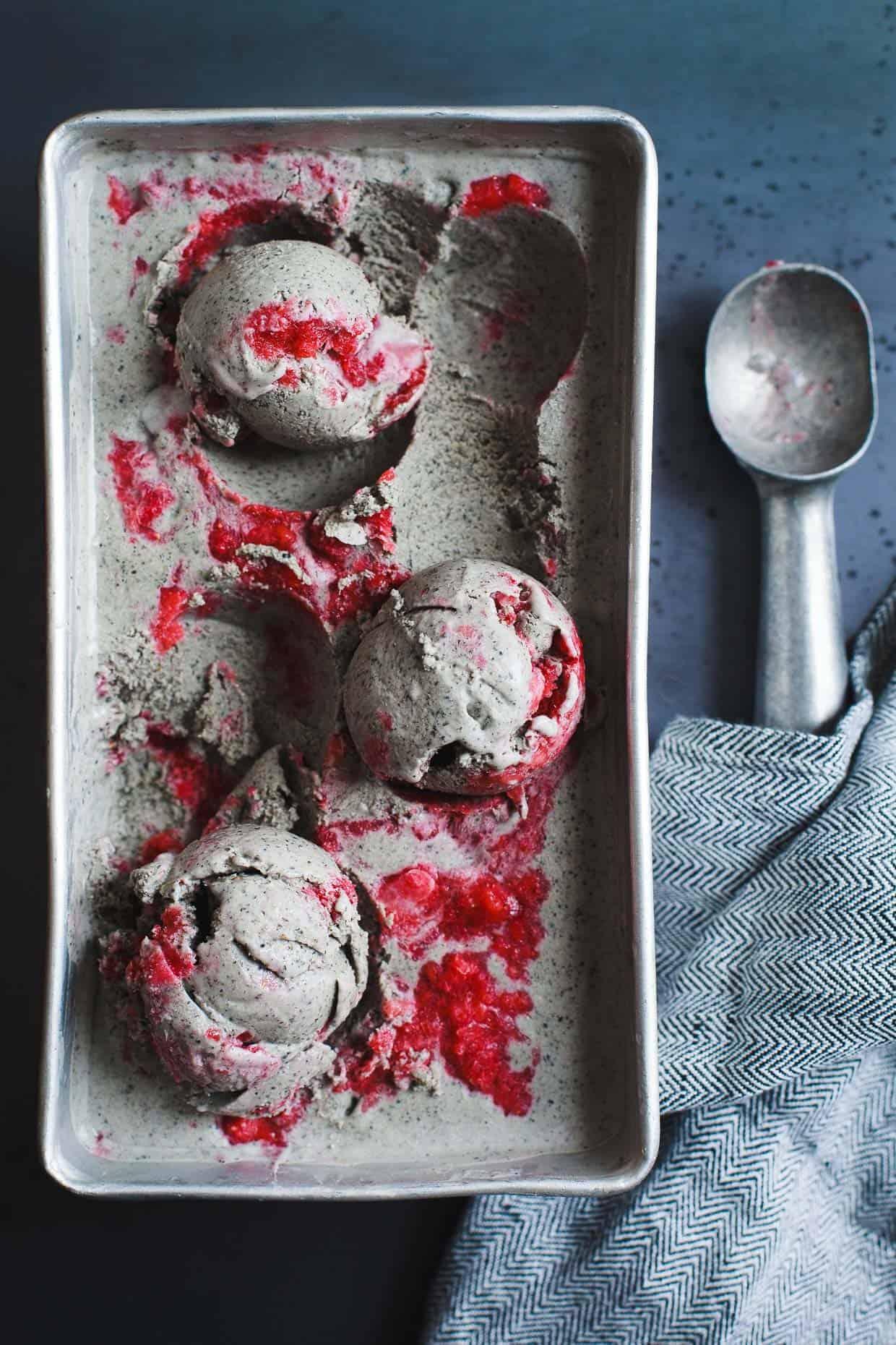 Vegan Coconut Black Sesame-Ice Cream with Strawberry Swirl