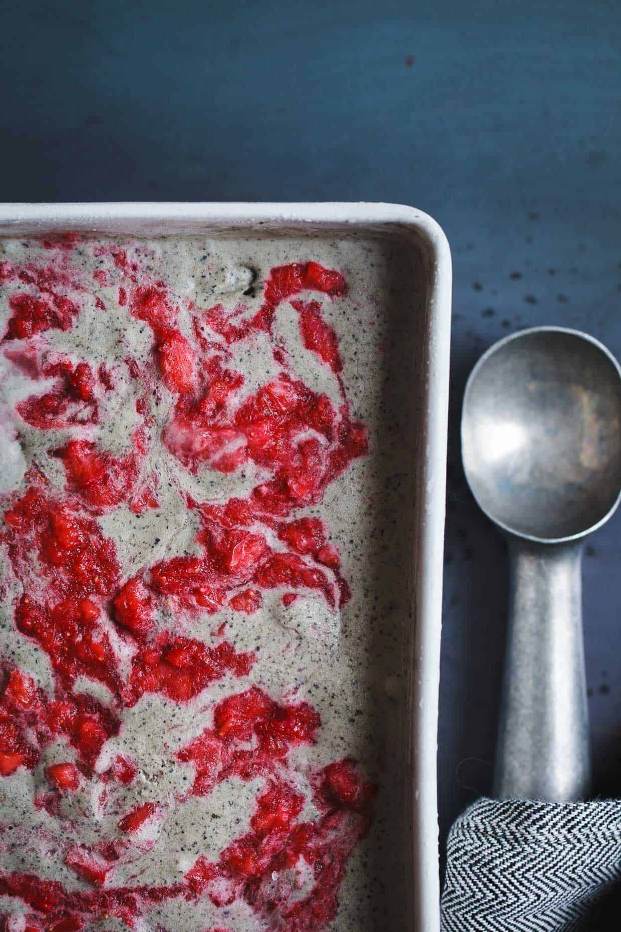 Vegan Coconut Black Sesame-Ice Cream with Strawberry Swirl