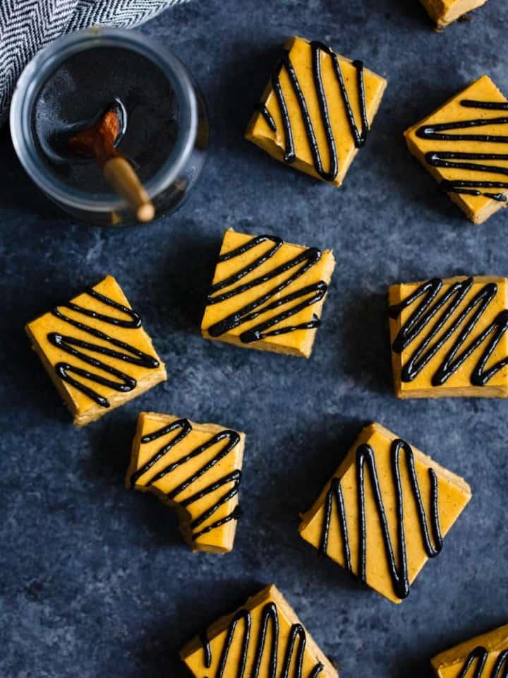 No-Bake Vegan Black Sesame Pumpkin Pie Bites