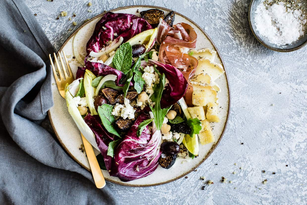 Summer salad with dried figs