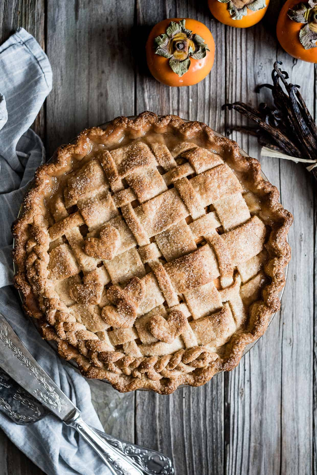 Pear Persimmon Pie with Vanilla Bean Crust