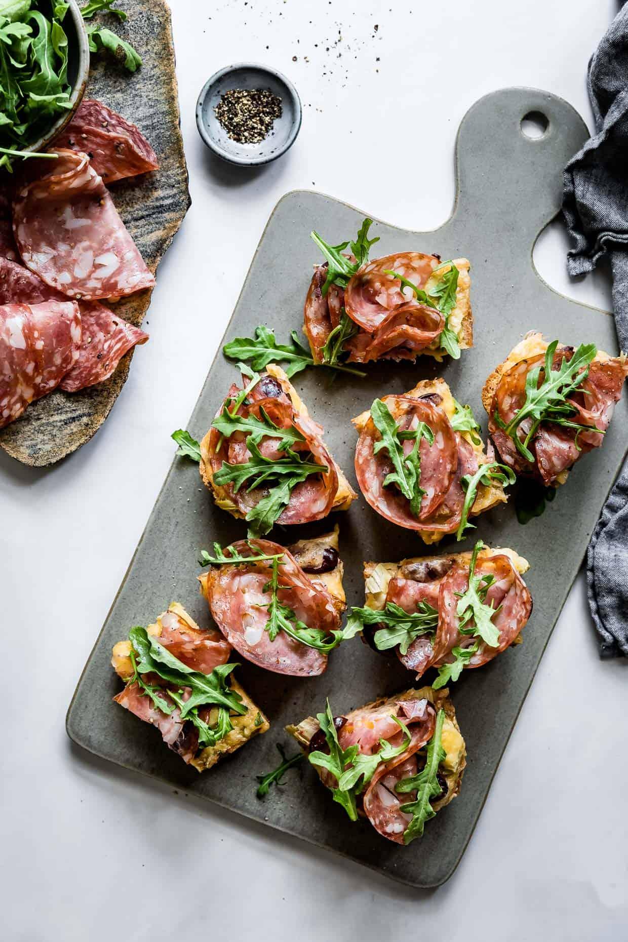 Loaded Smoked Gouda Garlic Bread #garlicbread #fathersday #recipe