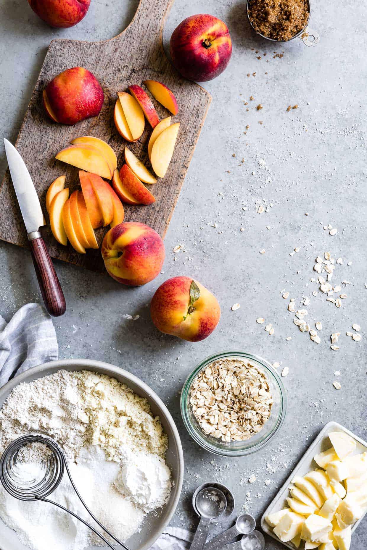 Gluten-Free Brown Sugar Peach Crumble #dessert #glutenfree #recipe #peachcrumble
