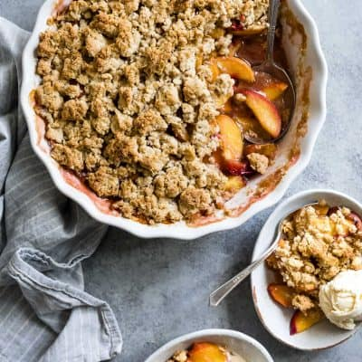 Gluten-Free Brown Sugar Peach Crumble #dessert #glutenfree #recipe #peachcrumble