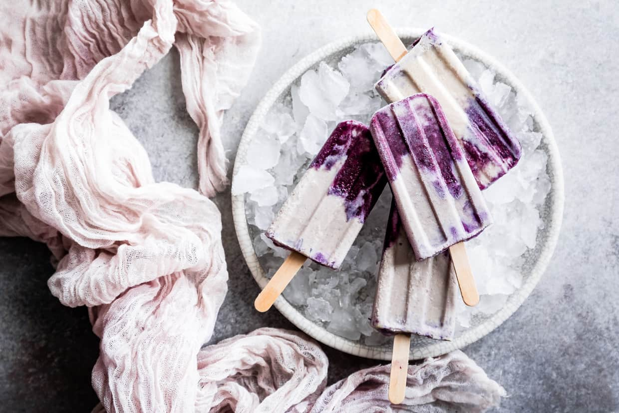 Blueberry London Fog Popsicles #popsicles #blueberry #londonfog #earlgrey #recipe