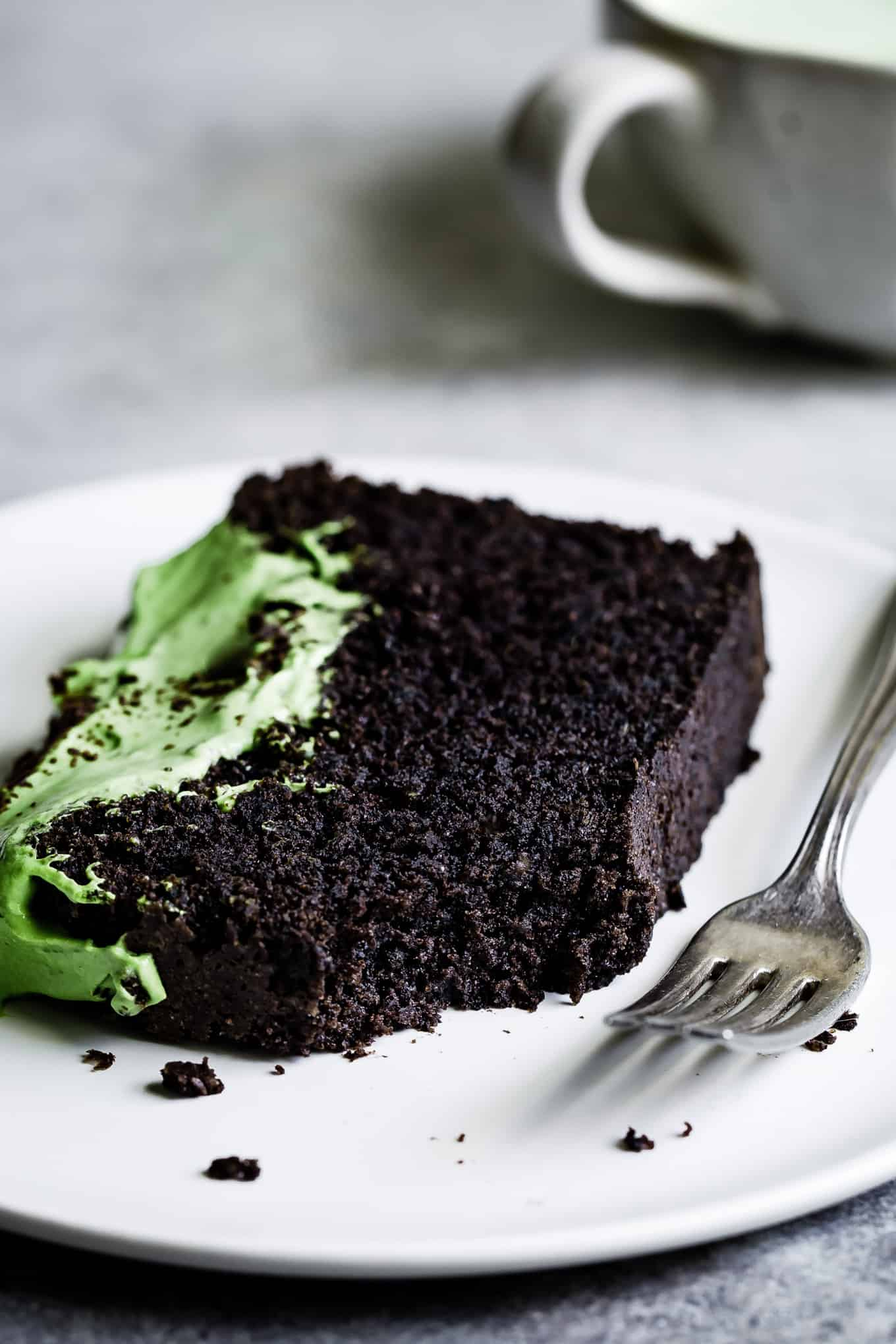 Chocolate Cake with Black Sesame Powder