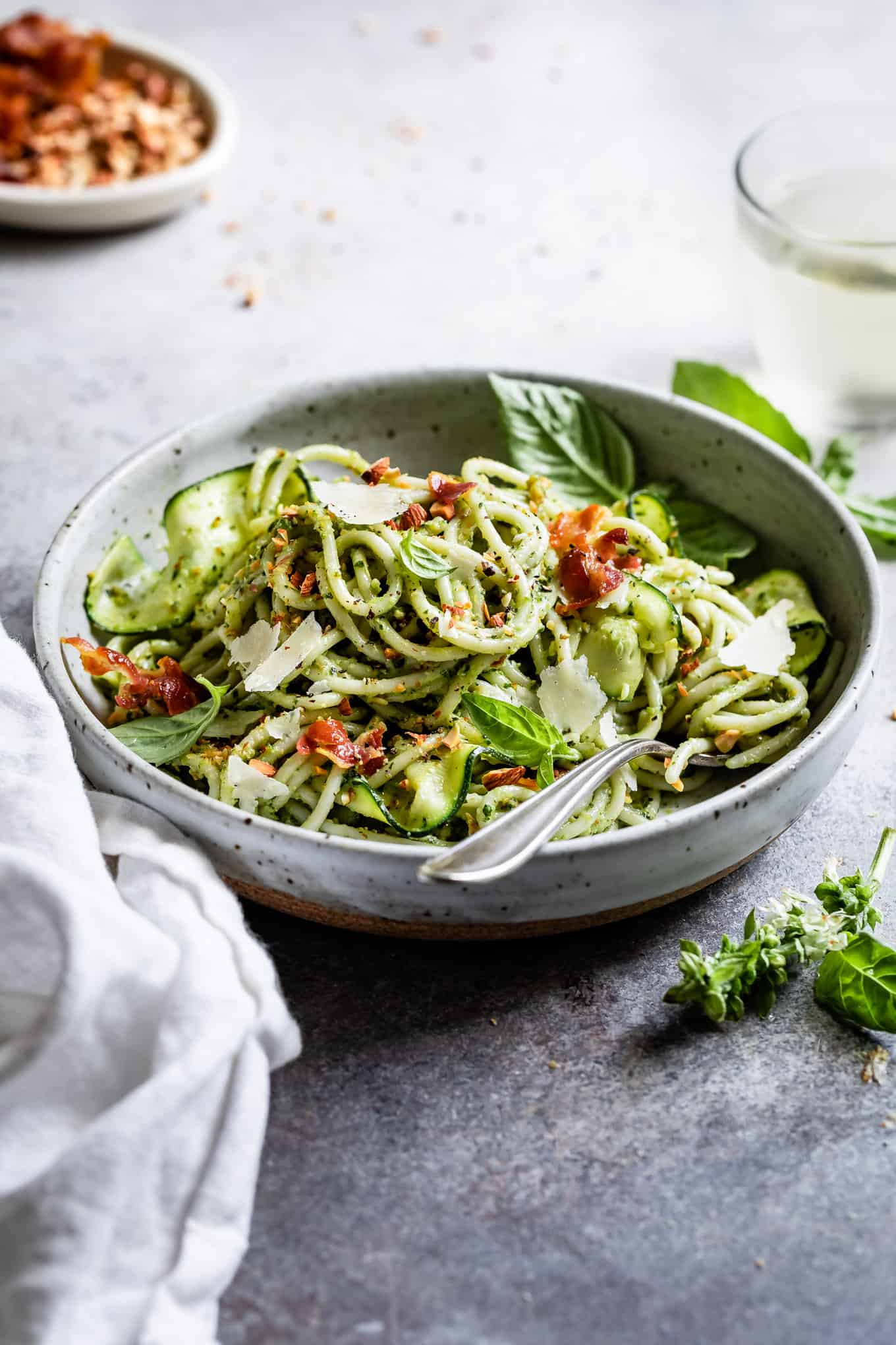 Creamy Pesto Pasta with Zucchini