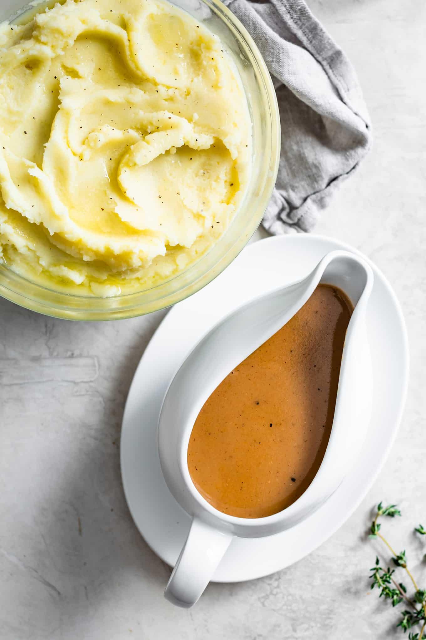 Make-Ahead Gluten-Free Turkey Gravy